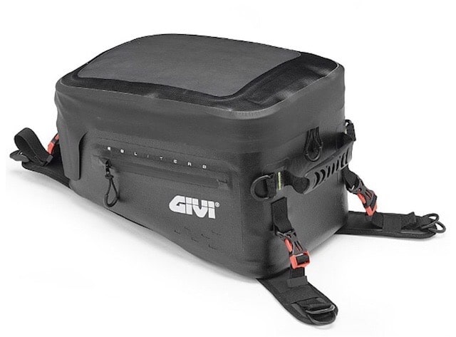 GIVI 防水タンクバッグ